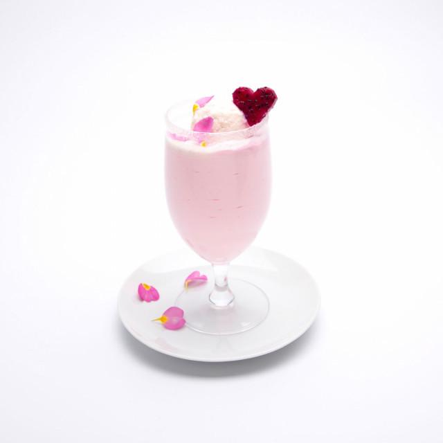 LOVE LOVE LOVE ピンクアイスドリンク