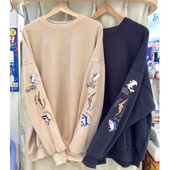袖 サメ刺繍 Bigプルオーバー