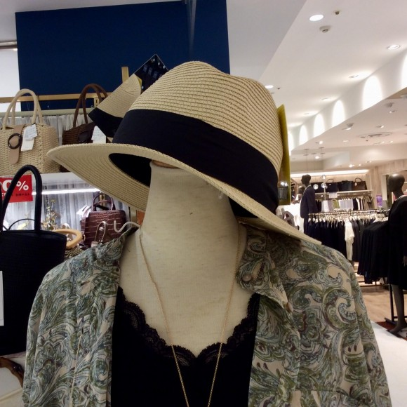 新作帽子が、入荷されました☆