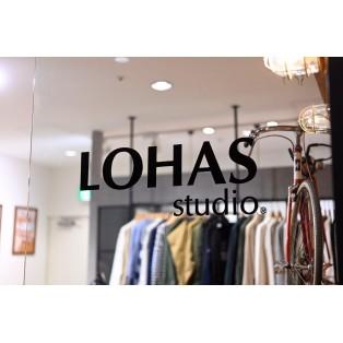 【LOHAS studio調布PARCO店のこだわり♩】板張りの壁