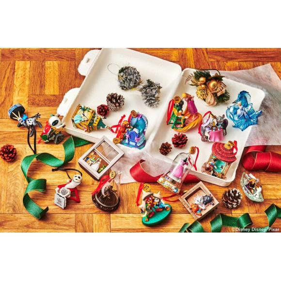 毎年大人気のディズニークリスマスオーナメントが11/1(日)登場。集めて飾って、楽しいクリスマスにしよう!