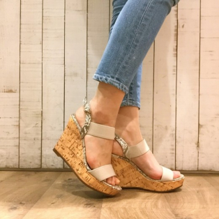 新作sandal