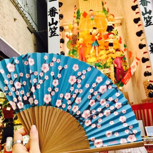 山笠見学には扇子で暑さ対策!!