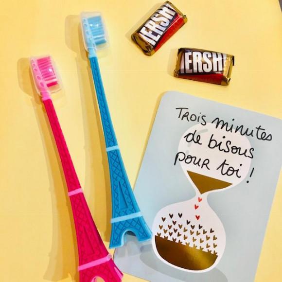 スタンドいらずの歯ブラシ!