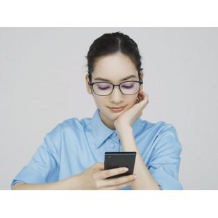 スマートフォンなど「近くを見る」時の「目のピント調節筋」の負担を軽減!「Zoff スマホアシストレンズ」新登場~目の緊張を和らげ、「近くを見る」をレンズがサポート~