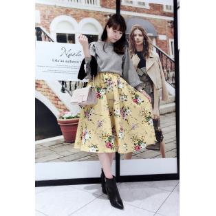 主役級♡花柄スカート