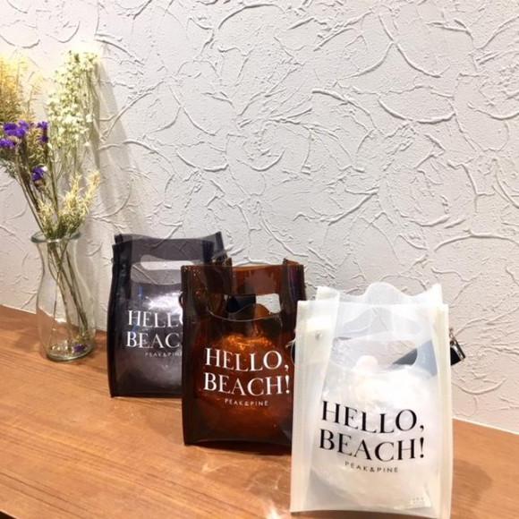 福岡・天神リゾート 水着ショップ PEAK&PINE福岡パルコ店☆ビーチやプールサイドでも使えるPEAK&PINEオリジナルのPVCショルダーバッグ!