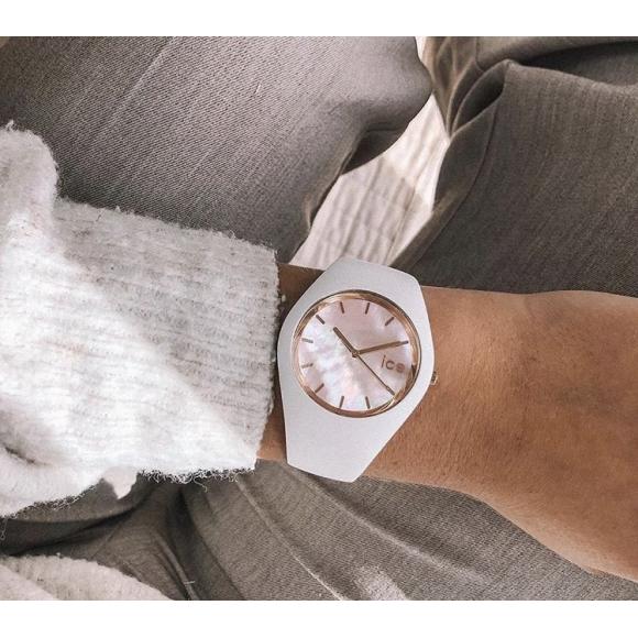 天然素材を使用した時計*✨