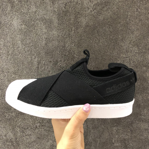 NEW!!【adidas SS SLIP ON W】