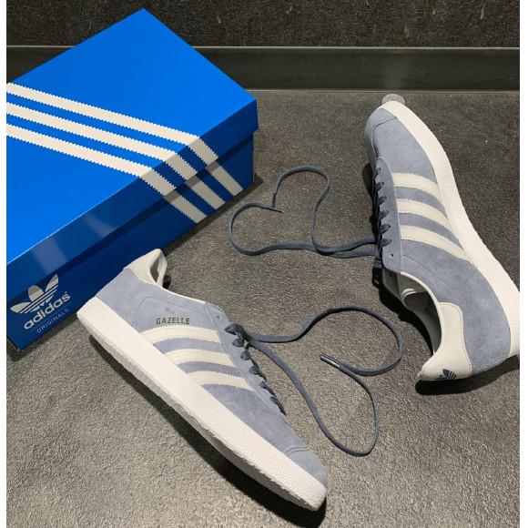 NEW!! 【adidas GAZELLE】