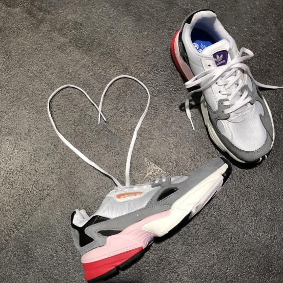 NEW!!【adidas  FALCON W 】