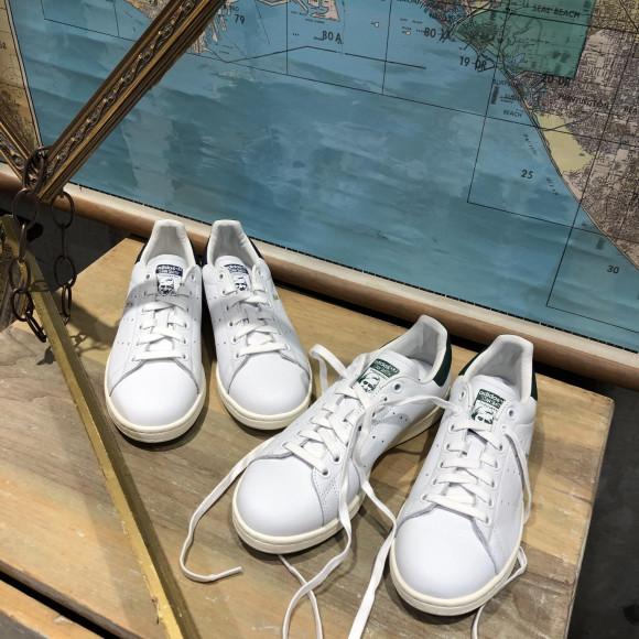 【adidas STAN SMITH】