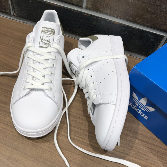 NEW!!【adidas STAN SMITH】