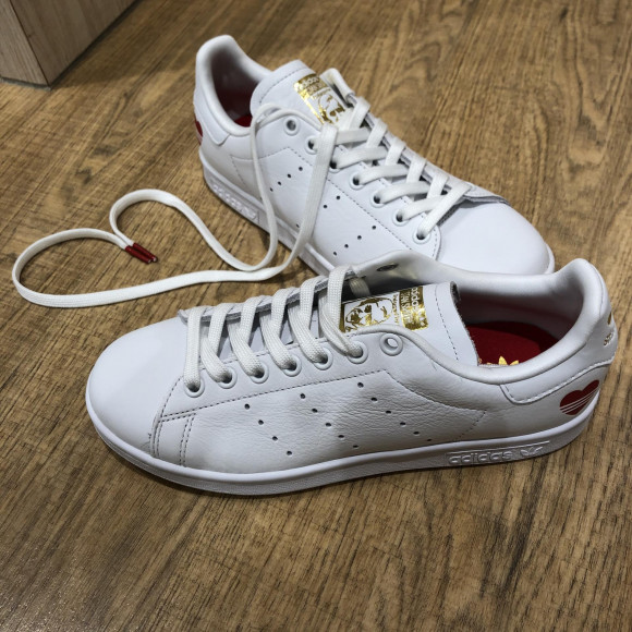 NEW!!【adidas STAN SMITH❤】