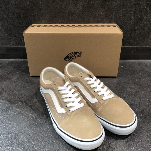 NEW!!【VANS OLD SKOOL】