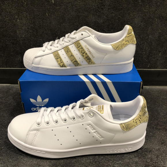 NEW!!【adidaas STAN SMITH  SUPUR STAR】