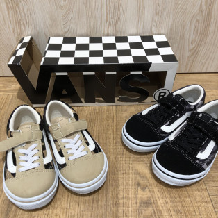 NEW!!【KIDS VANS OLD SKOOL & SLIP ON 】