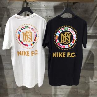 【HOT ITEM】NIKE F.C クレスト Tシャツ