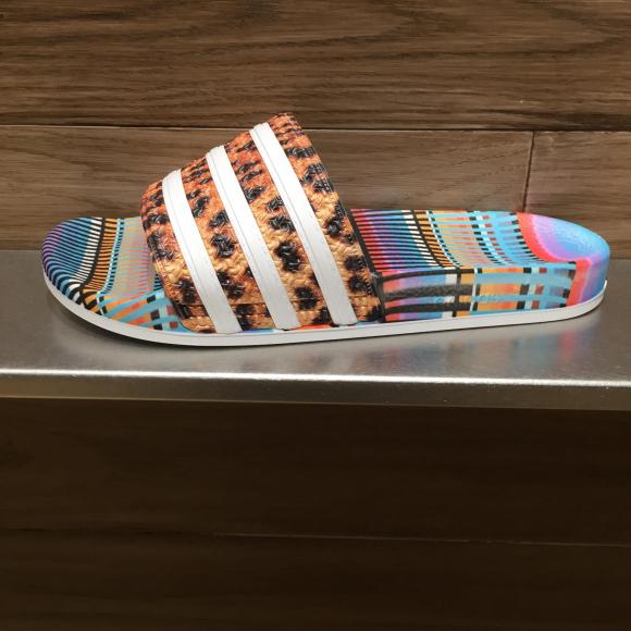【NEW ARRIVAL】adidas Originals  ADILETTE  W