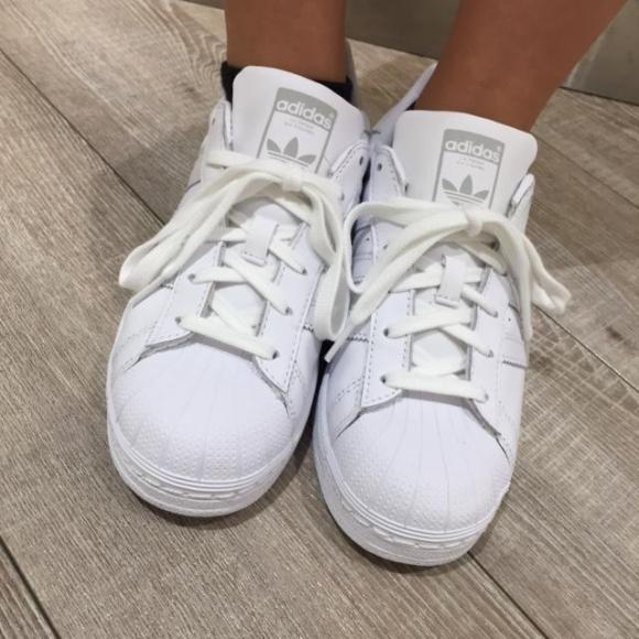 【NEW ARRIVAL】adidas Originals   W SUPERSTAR