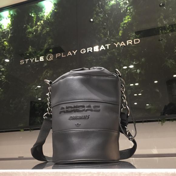 【NEW ARRIVAL】adidas Originals  BUCKET BAG