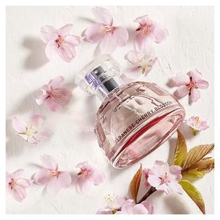 優雅に咲き香る、桜のフレグランス♡