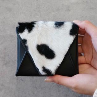 大人気ブランド ikotの新作財布のご紹介♪♪