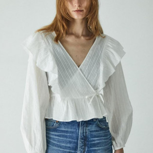 CROSSOVER RUFFLE BLOUSE