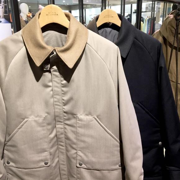 ウーリーツイルのフィールドジャケット。