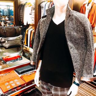 84. 「coat & jackets」