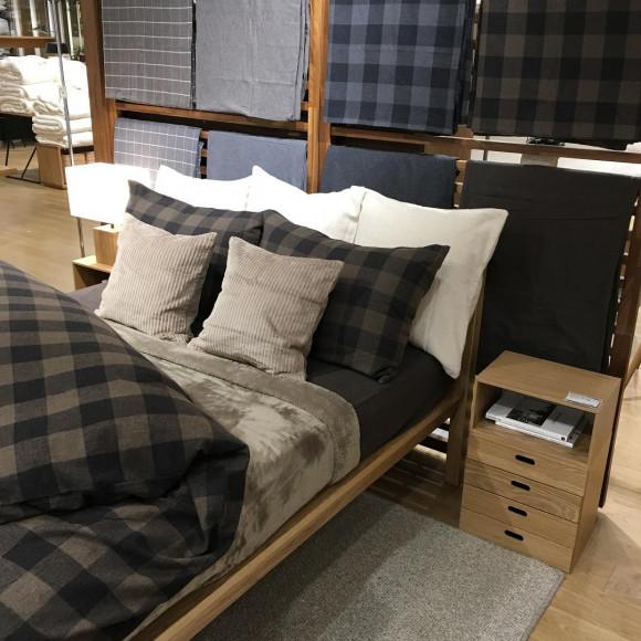新商品 木製ベッド・オーク材のご紹介