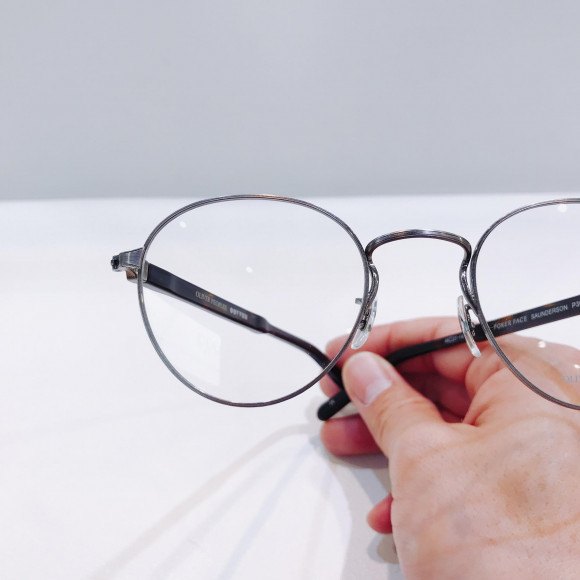 "OLIVER PEOPLES 別注 ""SAUNDERSON"""