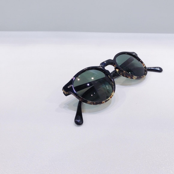 "OLIVER PEOPLES ""Gregory Peck Sun"""