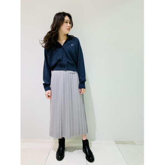 △  プリーツニットスカート △