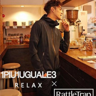 1PIU1UGUALE3 RELAX×RATTLE TRAP