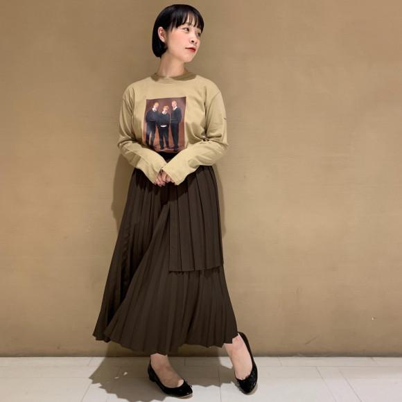 ロンT×プリーツスカート