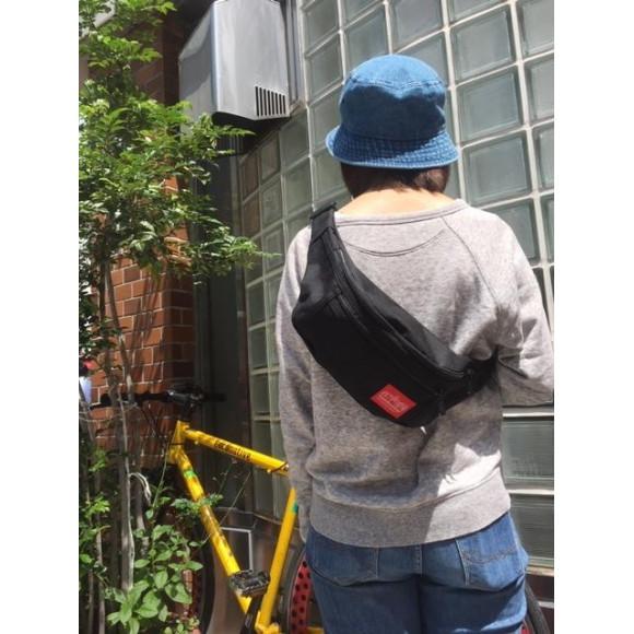 再入荷!大人気ボディバッグ!街歩きや旅行のサブバッグに。