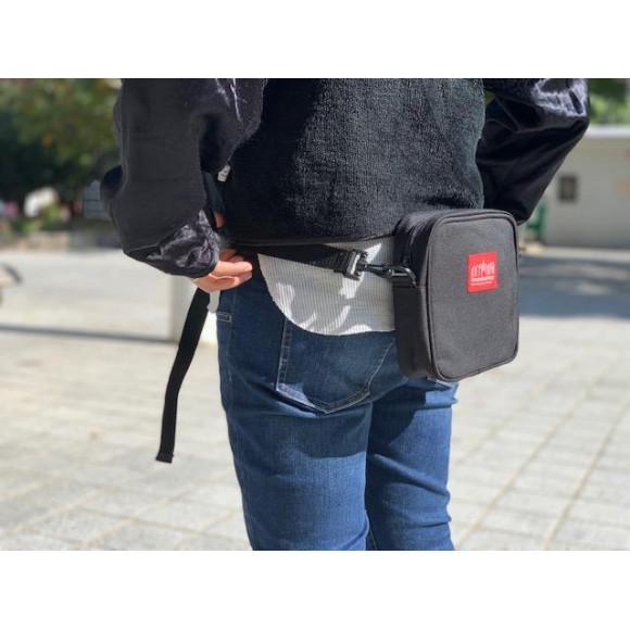 ウエストバッグとしても使える、多機能ショルダー。
