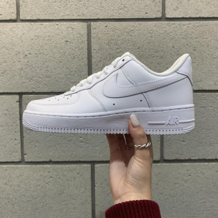 ★WMNS AIR FORCE 1 LOW ★再入荷★