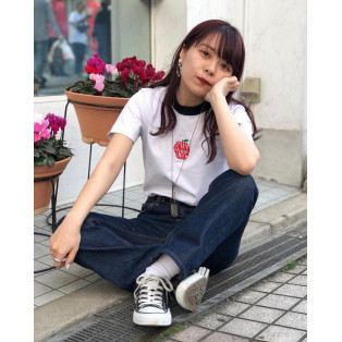 APPLE EMBROIDERY S/S CROPPED TEE
