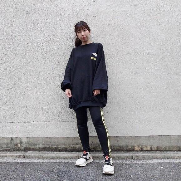 ☆フードサガラ刺繍スウェット☆
