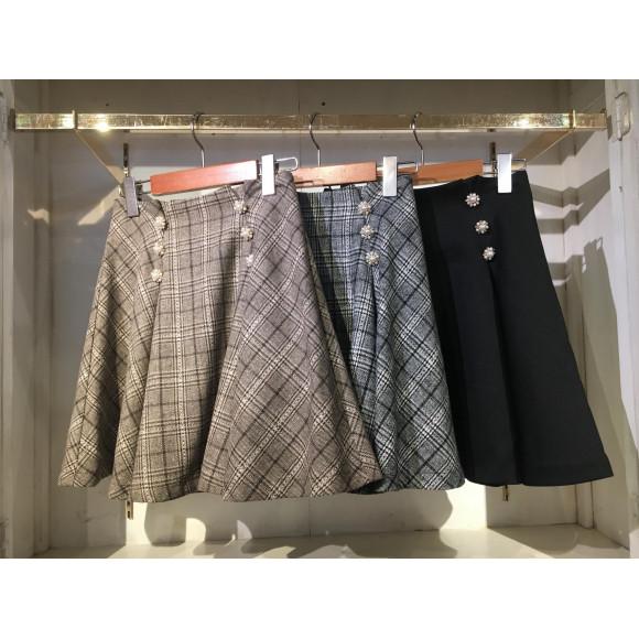 再入荷のスカート♡