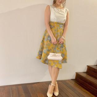 フラワープリント柄ドレス