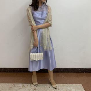 刺繍サテンドレス