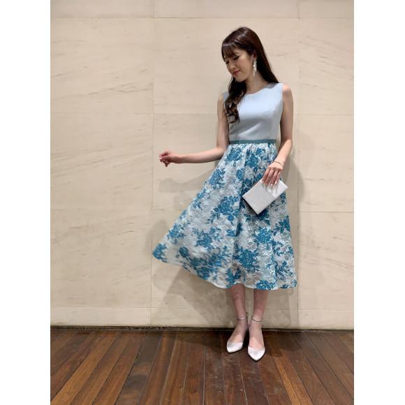 花柄Aラインドレス