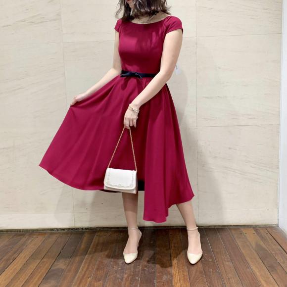 アシンメトリースカートドレス