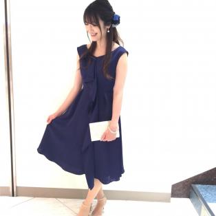 秋の新作♡ラッフル×サテンドレス