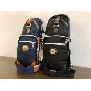 不動の人気「orobianco(オロビアンコ)」のバッグ