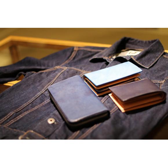 爽やかな色味、藍染のお財布