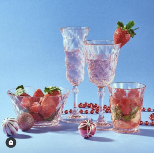 【オススメ】フォトジェニックな樹脂製ワイングラス
